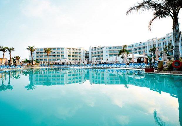 Malta resort with pool