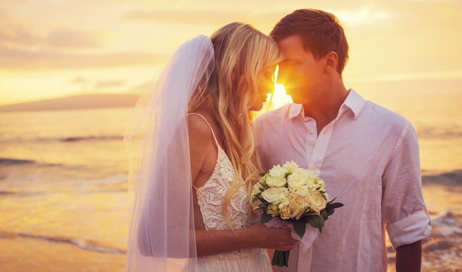 Sunset wedding abroad